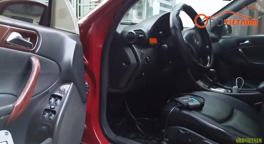 Máy đọc lỗi Autocom CDP+ Pro Phiên bản 2015 kết nối xe với máy tính thông qua giao thức OBD II và cáp nối USB. Được hỗ trợ hơn 60 dòng xe cả châu Âu , châu Á , Mỹ